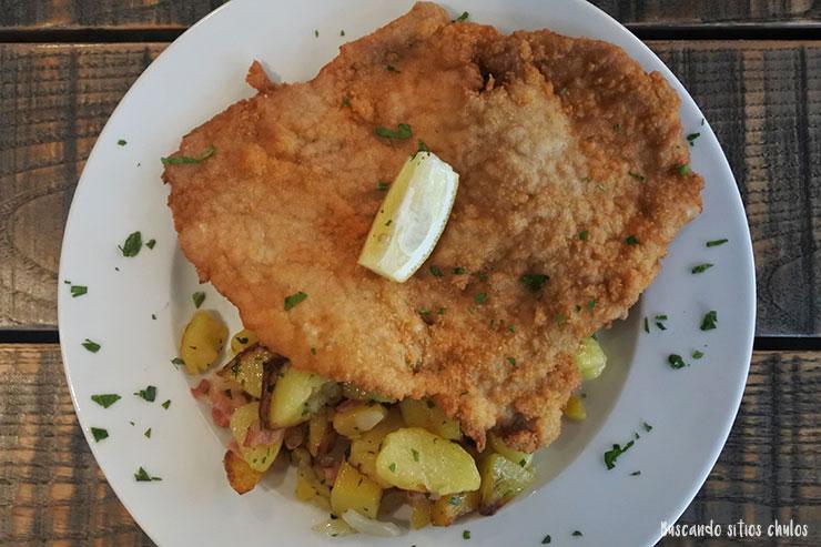 Schnitzel con patatas