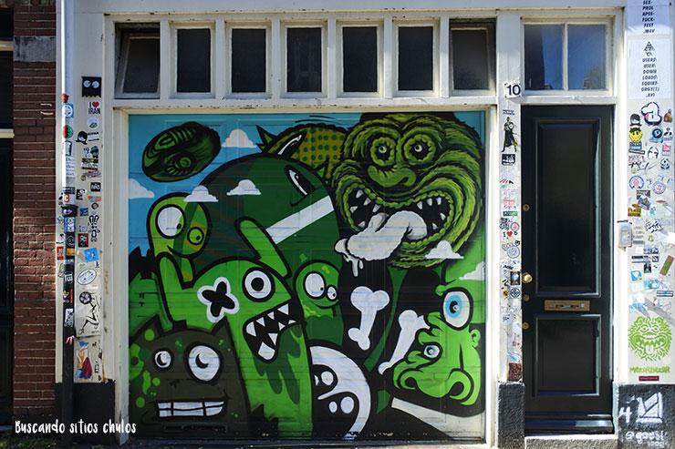 Graffitis en los muros de Ámsterdam