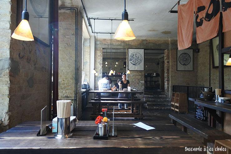 interior-cocolo-ramen-berlin