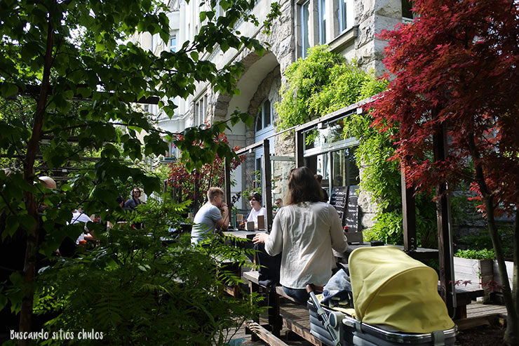 terraza-cocolo-ramen-berlin