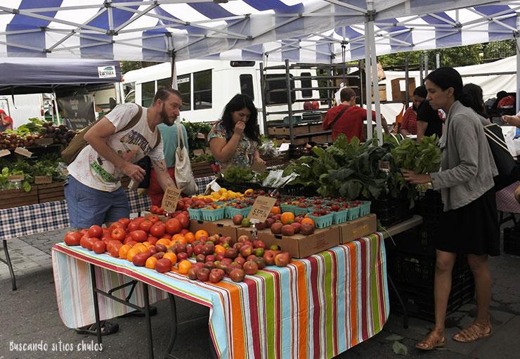 Puesto de fruta en Union Square Greenmarket