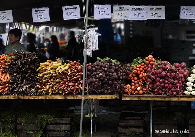 Distintas variedades de hortalizas (Union Square Greenmarket)