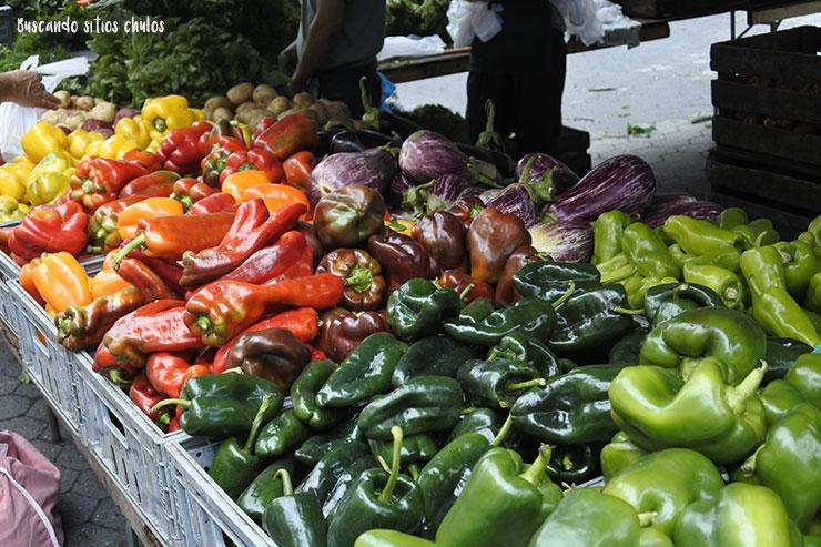 Distintas variedades de pimientos (Union Square Greenmarket)