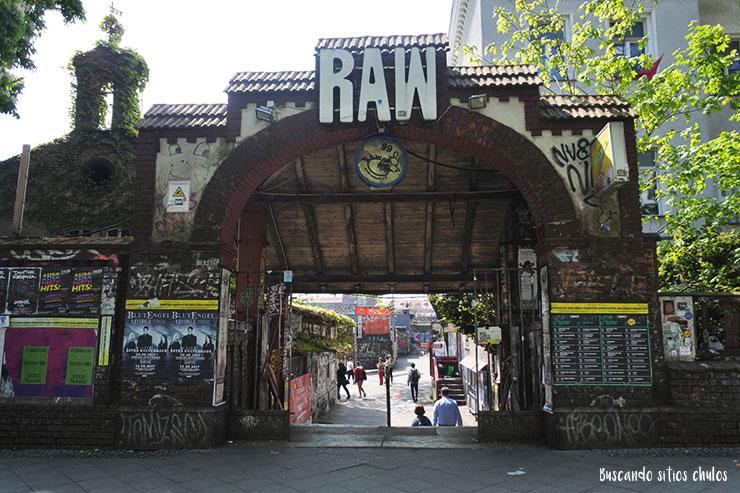 Entrada a RAW Tempel (Berlín)