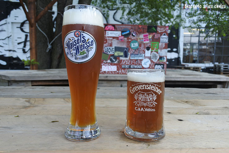 Cervezas en Raw Tempel
