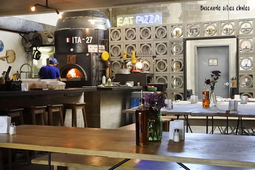 Interior de Union Pizza Works