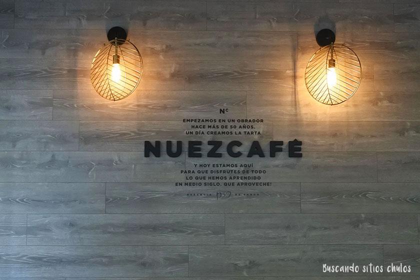 Interior de pastelería Nuezcafé en Valencia