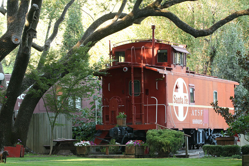 Hoteles chulos: Featherbed Railroad Bed and Breakfast