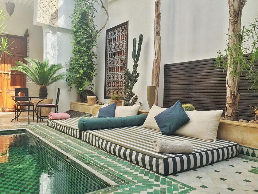 Piscina del hotel Riad Yasmine Marrakech