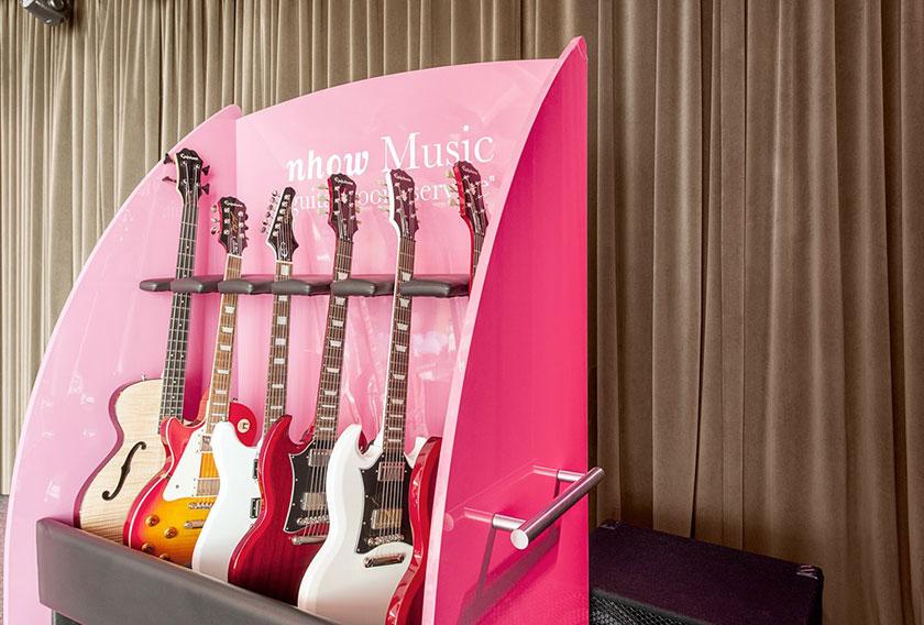 Guitarras en el hotel Nhow de Berlín