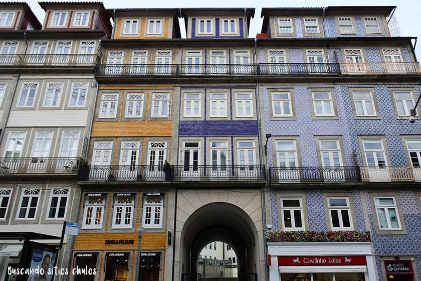 Fachadas con azulejos en Oporto