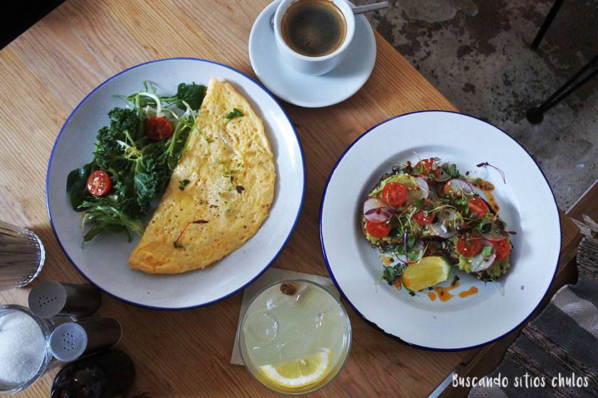 Desayuno en Heim Cafe