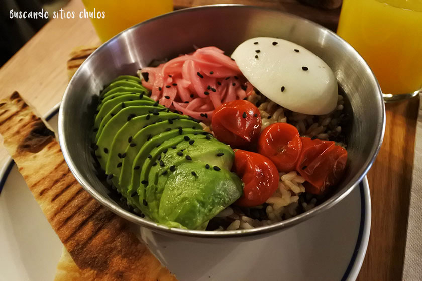 Rice Pesto Bowl en Pum Pum Café