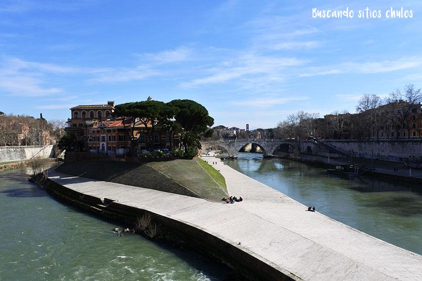 Río Tiber en Roma