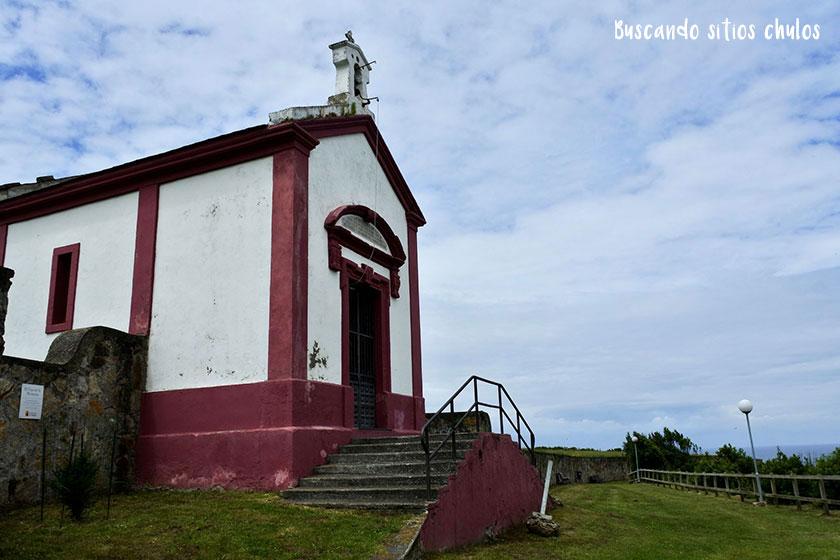 Capilla de San Roque y San Miguel en Luarca