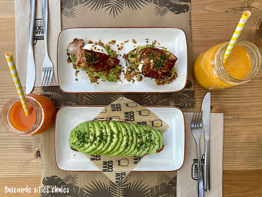 Desayuno en Rawcoco Palma de Mallorca
